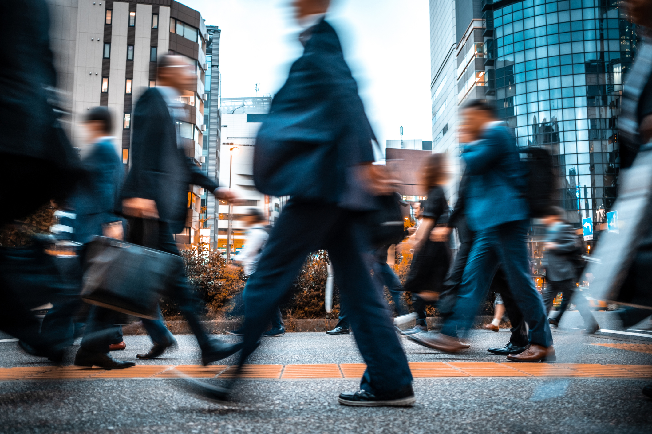 iStock-street blur business people going to work